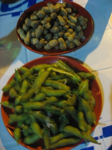 boiled peanuts and soybeans